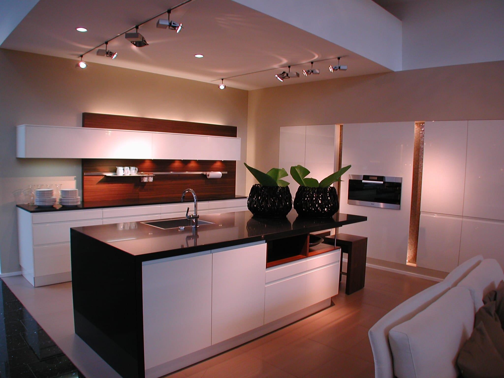 was kostet eine kche free kosten kuche neue kuche kosten kochkor info bezaubernd kuche with was. Black Bedroom Furniture Sets. Home Design Ideas