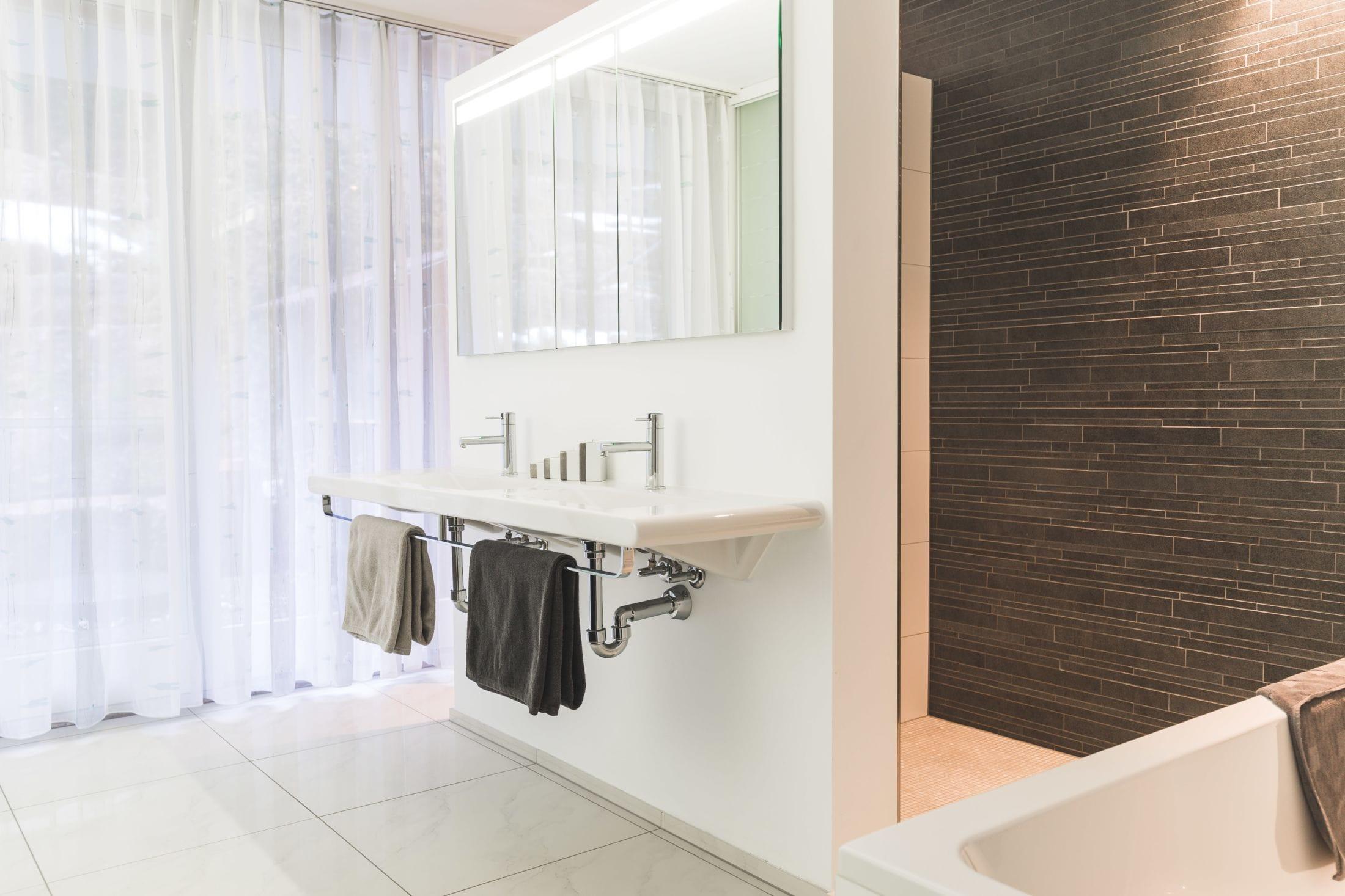 1Nachher Badezimmer Büchel Chur